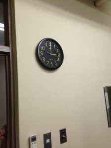 時計を掛ける